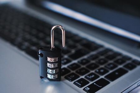 Este nuevo y curioso malware impide que los usuarios accedan a sitios web donde descargar software sin licencia