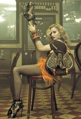 Más imágenes de Madonna para Louis Vuitton por Steve Meisel