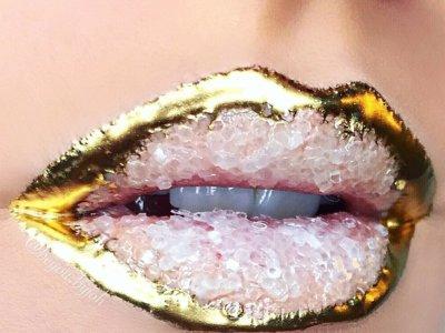 Labios 3D con cristal, la nueva tendencia viral de Instagram