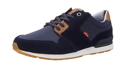 Tenemos las zapatillas Levi's NY Runner II en azul marino por 37,50 euros en Amazon con envío gratis
