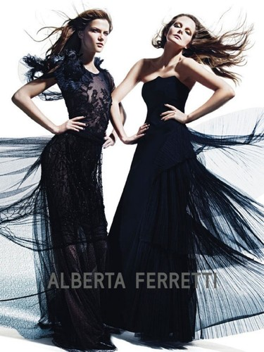 Mujer de altos vuelos, vestidos de Ferretti y la magia de Sorrenti