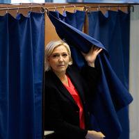 Por qué un juez francés quiere evaluar psiquiátricamente a Marine Le Pen