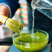 Todo lo que necesitas saber sobre los beneficios del té matcha