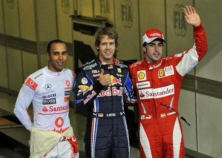 """Fernando Alonso: """"Sebastian Vettel todavía no ha alcanzado el nivel de Lewis Hamilton"""""""