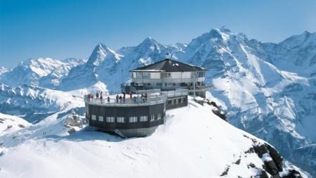 Si te gusta James Bond deberías visitar la montaña de Schilthorn