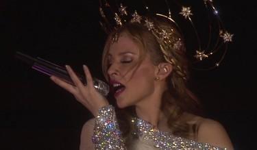 Kylie Minogue ya no se recauchuta de botox: ¡la arruga es bella!