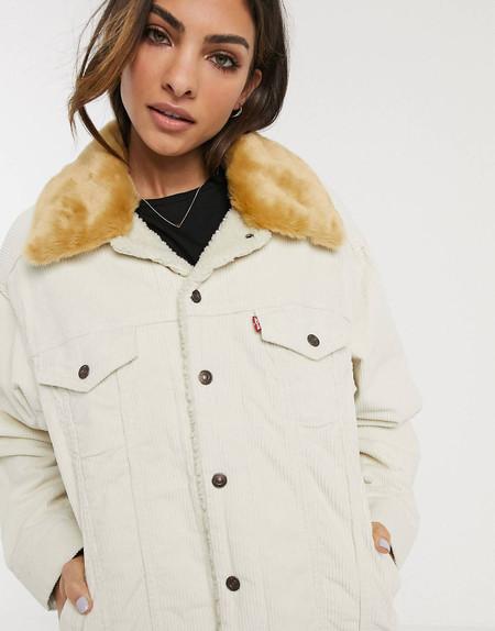 Con esta chaqueta Levi's tan calentita te alegrarás de que vuelva el frío ¡y está rebajada!