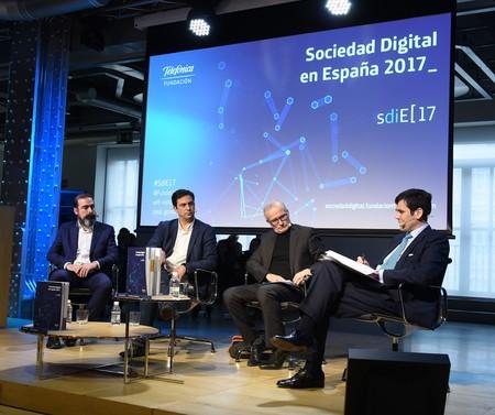 La productividad laboral aumentaría un 11 % en España con inteligencia artificial, según el informe de la sociedad digital de 2017
