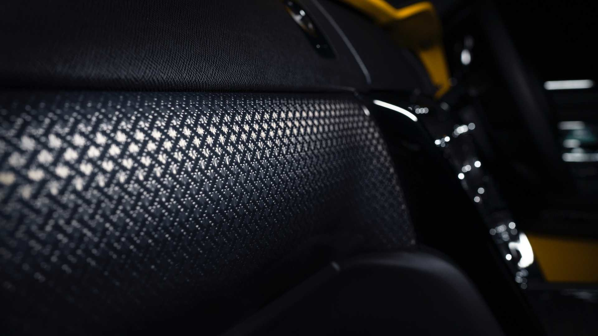 Foto de Rolls-Royce Cullinan Black Badge (12/26)
