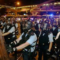 China quiere parar las protestas de Hong Kong a toda costa. Aunque implique hundir a su aerolínea