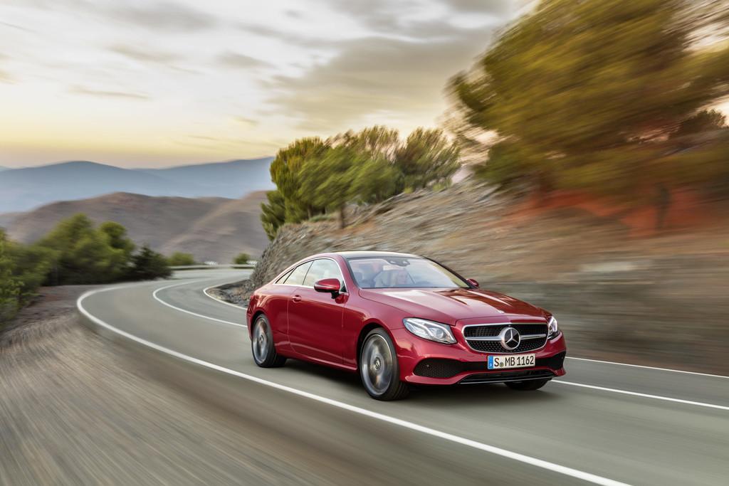 Original Mercedes Benz W211 Clase E so Pista carretera Final Nuevo!