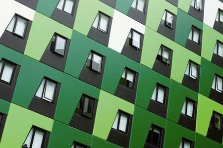 Los colores claros y naturales y el acabado en brillo son los favoritos en la arquitectura Europea