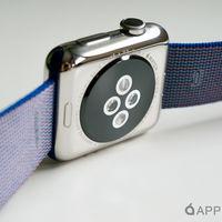 Si tu Apple Watch original tiene suelta su parte trasera, Apple te la puede reparar gratuitamente