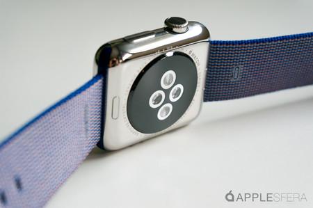 El próximo Apple Watch podría 'adelgazar' trasladando el motor táptico a la correa