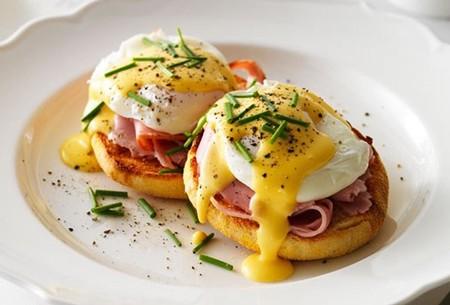 Huevos Benedictinos. Receta fácil para el desayuno