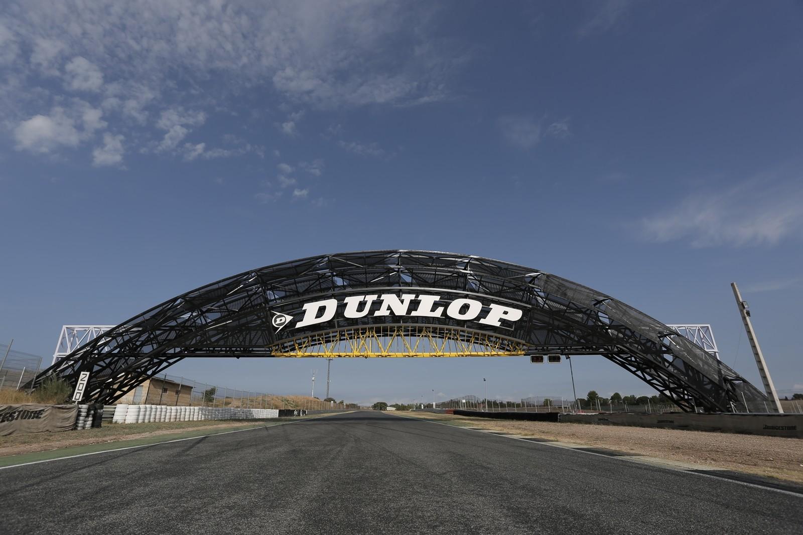 Circuito Jarama : Foto de puente dunlop circuito del jarama