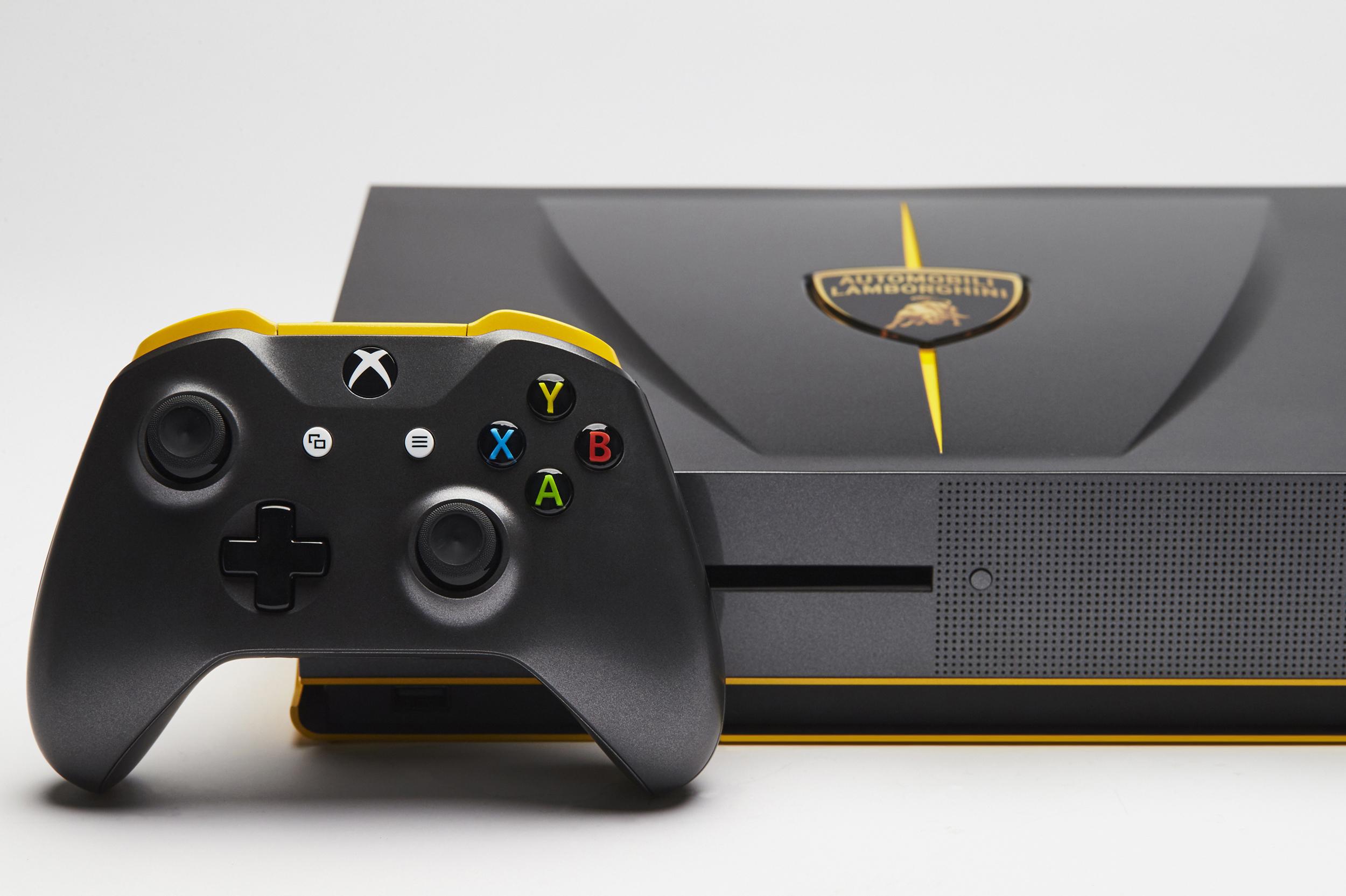 Foto de Xbox One S Lambborghini (2/8)