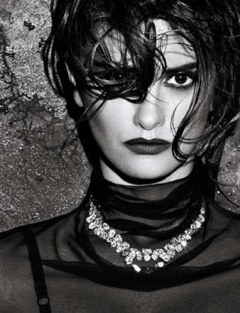 Foto de Penélope Cruz increíblemente sexy en la portada de Interview (1/3)