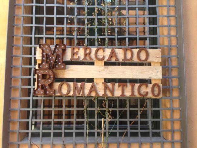 Mercado Romantico De Leon