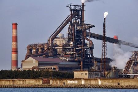 Qué está pasando con Kobe Steel y la falsificación de metales que podría poner en jaque la seguridad de los coches