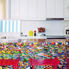 Foto 1 de 3 de la galería una-cocina-de-piezas-de-lego en Decoesfera