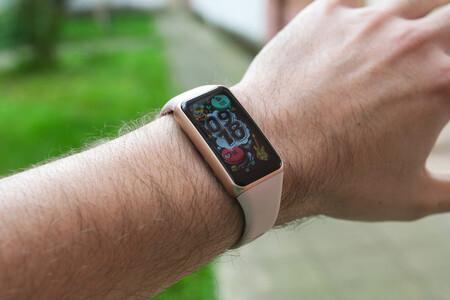 Monitoriza tu oxígeno con la pulsera de actividad Huawei Band 6 ahora con descuento en Amazon