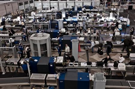 Nueva medida de seguridad para entrar con equipos electrónicos a Estados Unidos