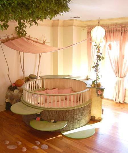 Un dormitorio de cuento de hadas.