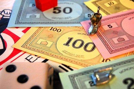 ¿Subir los impuestos a los pobres para eliminar el déficit?