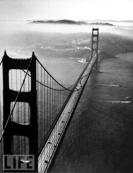 Foto de Construcción del Golden Gate, revista LIFE (9/11)