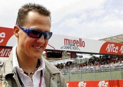 Michael Schumacher 'se mete' a taxista
