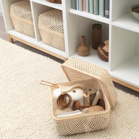 Caja con tapa de bambú