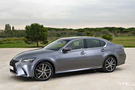 lexus gs300 h f sport a prueba la berlina h brida que te aislar del mundo exterior. Black Bedroom Furniture Sets. Home Design Ideas