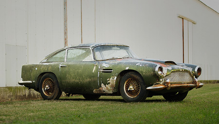 Aston Martin DB4 a subasta