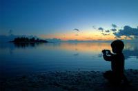 El futuro de la fotografía profesional está en manos de los jóvenes que sacan fotos con su móvil; cuidémoslos