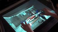 'Portal' y 'Microsoft Flight Simulator' controlados con la Microsoft Surface. Raro, raro, raro