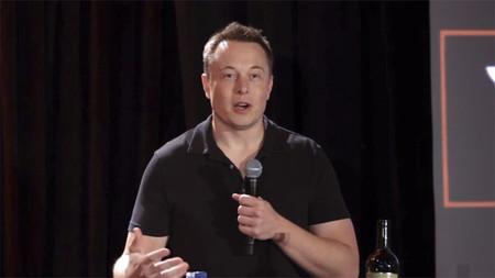 Elon Musk habla sobre el pasado, presente y futuro de Tesla
