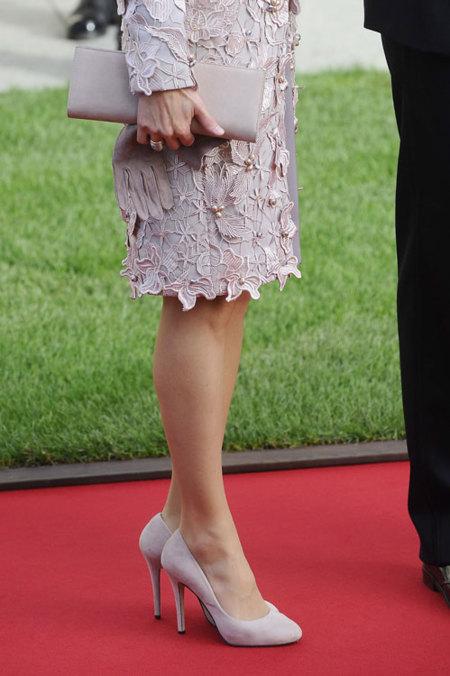 El look de la Princesa Letizia en la boda de los Príncipes de Luxemburgo