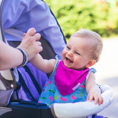19 fundas y colchonetas para la silla de paseo de tu bebé con estampados originales y divertidos para lucir este verano