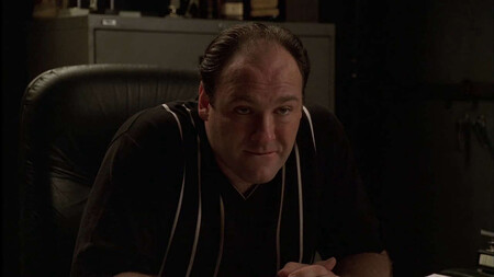 """""""HBO le pagó 3 millones para que no lo hiciera"""": la razón por la que James Gandolfini rechazó sustituir a Steve Carell en 'The Office'"""