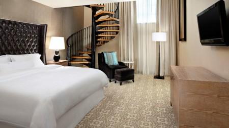 004283 07 Library Suite Bedroom