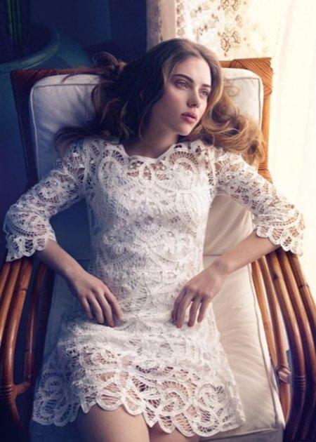Vestido blanco de encaje de zara