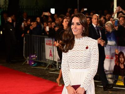 Kate Middleton versus Paris Hilton, el duelo de estilo que jamás te hubieras imaginado