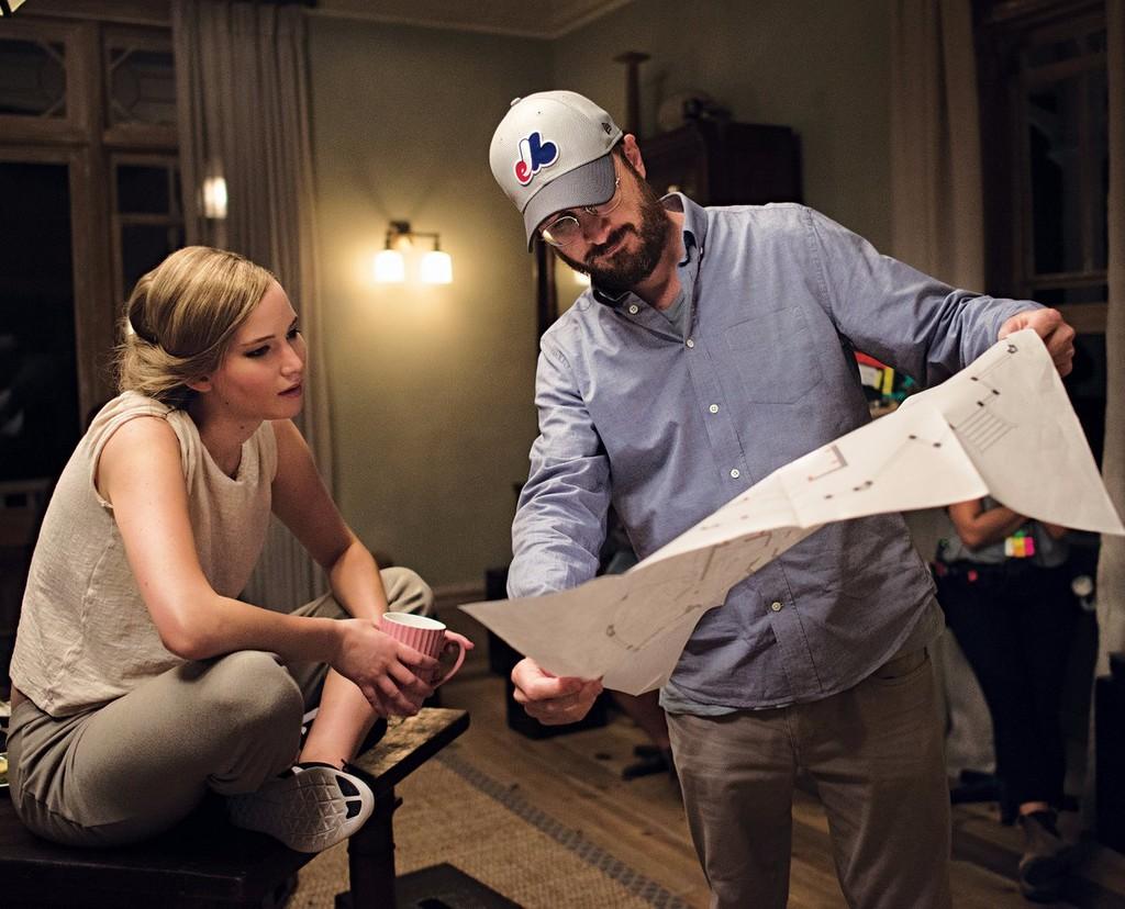 Lawrence y Aronofsky en otro momento del rodaje