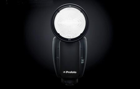 """Profoto A10, nuevo flash compacto """"más intuitivo, eficaz y versátil"""" y preparado para trabajar con cámaras y smartphones"""