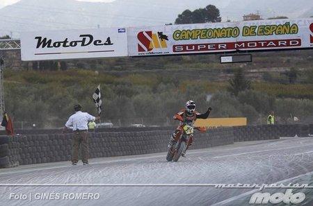 Albaida despide el Campeonato de España de Supermotard 2011