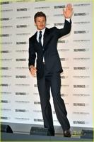 David Beckham presenta sus nuevas imágenes para Armani