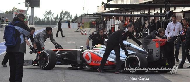 Sergio Pérez Boxes McLaren