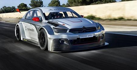 Sébastien Loeb prueba el Citroën C-Elysée WTCC