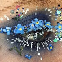 Nuestros rostros se convierten en espectaculares terrarios de flores con esta nueva tendencia viral